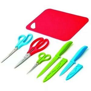 FARBEWARE 8pc Knives, scissors, board Cutlery set